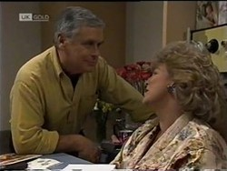 Lou Carpenter, Cheryl Stark in Neighbours Episode 2182