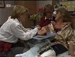 Danni Stark, Brett Stark, Cheryl Stark in Neighbours Episode 2182