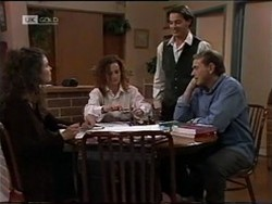 Gaby Willis, Cody Willis, Rick Alessi, Doug Willis in Neighbours Episode 2182