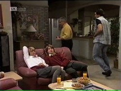 Danni Stark, Brett Stark, Lou Carpenter, Sam Kratz in Neighbours Episode 2182