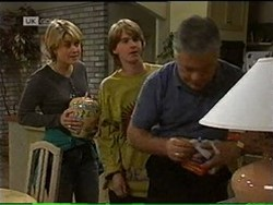 Danni Stark, Brett Stark, Lou Carpenter in Neighbours Episode 2185