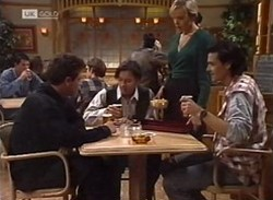 Mark Gottlieb, Rick Alessi, Annalise Hartman, Sam Kratz in Neighbours Episode 2205