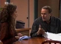 Gaby Willis, Doug Willis in Neighbours Episode 2205
