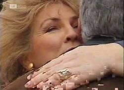 Cheryl Stark, Lou Carpenter in Neighbours Episode 2206