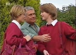 Danni Stark, Lou Carpenter, Brett Stark in Neighbours Episode 2206