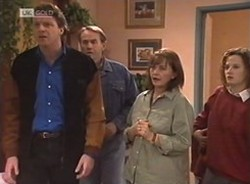 Jack Flynn, Doug Willis, Pam Willis, Cody Willis in Neighbours Episode 2208