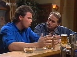 Jack Flynn, Doug Willis in Neighbours Episode 2208