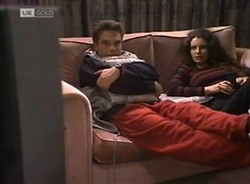 Mark Gottlieb, Gaby Willis in Neighbours Episode 2208