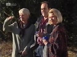 Rosemary Daniels, Philip Martin, Helen Daniels in Neighbours Episode 2209