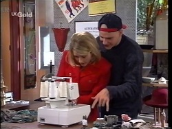 Danni Stark, Luke Handley in Neighbours Episode 2664