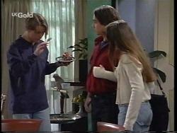 Billy Kennedy, Darren Stark, Libby Kennedy in Neighbours Episode 2664