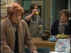 Cheryl Stark, Darren Stark, Marlene Kratz in Neighbours Episode 2665