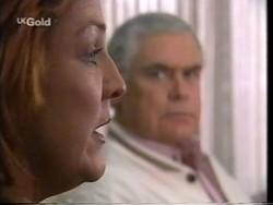 Cheryl Stark, Lou Carpenter in Neighbours Episode 2665
