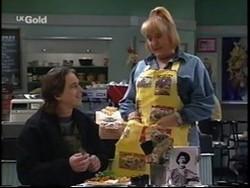 Darren Stark, Angie Rebecchi in Neighbours Episode 2667