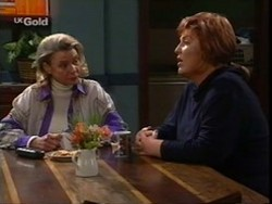 Helen Daniels, Cheryl Stark in Neighbours Episode 2668