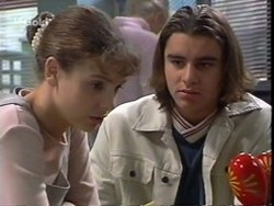 Hannah Martin, Casper Mack in Neighbours Episode 2668