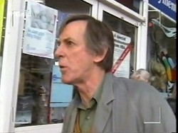 News Stand Man in Neighbours Episode 2668