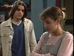 Casper Mack, Hannah Martin in Neighbours Episode 2668
