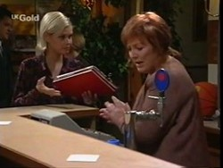 Joanna Hartman, Cheryl Stark in Neighbours Episode 2668