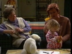 Marlene Kratz, Louise Carpenter (Lolly), Cheryl Stark in Neighbours Episode 2669