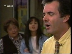 Marlene Kratz, Susan Kennedy, Karl Kennedy in Neighbours Episode 2669