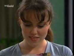 Libby Kennedy in Neighbours Episode 2669