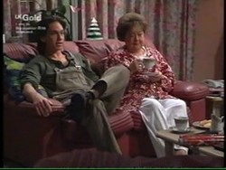 Darren Stark, Marlene Kratz in Neighbours Episode 2766