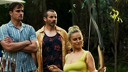 Kyle Canning, Toadie Rebecchi, Roxy Willis in Neighbours Episode 8321