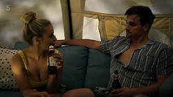 Roxy Willis, Kyle Canning in Neighbours Episode 8321