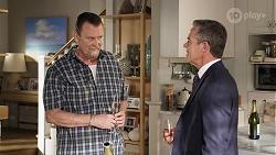 Des Clarke, Paul Robinson in Neighbours Episode 8322