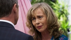 Paul Robinson, Jane Harris in Neighbours Episode 8322