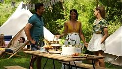 Pierce Greyson, Elly Conway, Chloe Brennan in Neighbours Episode 8322