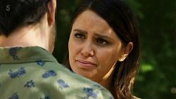 Finn Kelly, Elly Conway in Neighbours Episode 8322