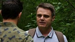 Finn Kelly, Gary Canning in Neighbours Episode 8322