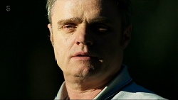 Gary Canning in Neighbours Episode 8322