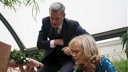 Paul Robinson, Jane Harris in Neighbours Episode 8323