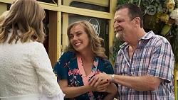 Lana Crawford, Jane Harris, Des Clarke in Neighbours Episode 8323