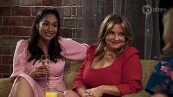 Dipi Rebecchi, Terese Willis, Jane Harris in Neighbours Episode 8324