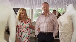 Sheila Canning, Clive Gibbons in Neighbours Episode 8324