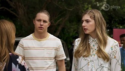 Terese Willis, Richie Amblin, Mackenzie Hargreaves in Neighbours Episode 8324