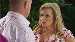 Clive Gibbons, Sheila Canning in Neighbours Episode 8324
