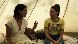 Elly Conway, Chloe Brennan in Neighbours Episode 8324