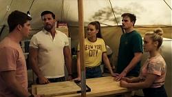 Hendrix Greyson, Pierce Greyson, Chloe Brennan, Kyle Canning, Roxy Willis in Neighbours Episode 8324