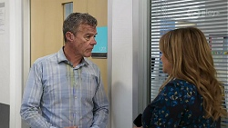 Paul Robinson, Terese Willis in Neighbours Episode 8327