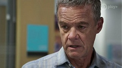 Paul Robinson in Neighbours Episode 8328