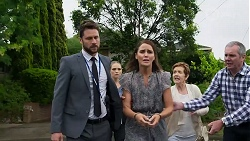 Mark Brennan, Sky Mangel, Elly Conway, Susan Kennedy, Karl Kennedy in Neighbours Episode 8330