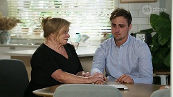 Sheila Canning, Kyle Canning in Neighbours Episode 8330