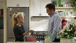 Roxy Willis, Kyle Canning in Neighbours Episode 8330