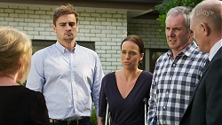 Sheila Canning, Kyle Canning, Bea Nilsson, Karl Kennedy, Clive Gibbons in Neighbours Episode 8330