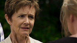 Susan Kennedy, Sheila Canning in Neighbours Episode 8330